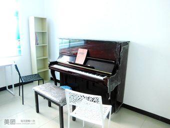 七色花钢琴教室