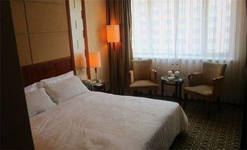 【酒店】金三角饭店-美团