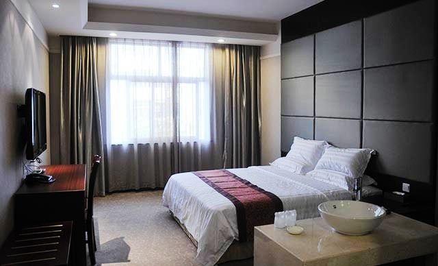 沃森酒店-美团