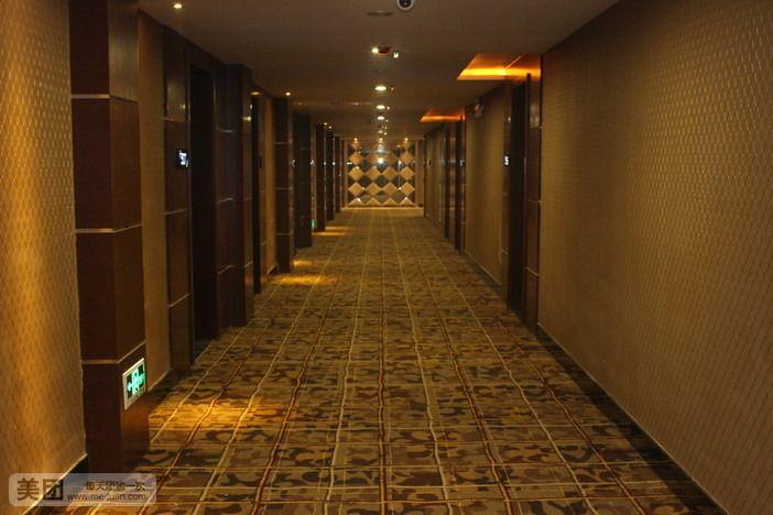 灯塔民族酒店-美团