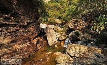 【郑州出发】红石峡、猕猴谷、潭瀑峡纯玩1日跟团游*自由行只含往返交通费-美团