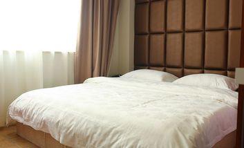 【酒店】艾森主题酒店-美团