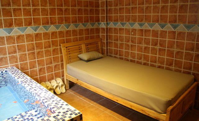 【温泉金谷园酒店】室内温泉中泡池(1-3人),提供免费wifi
