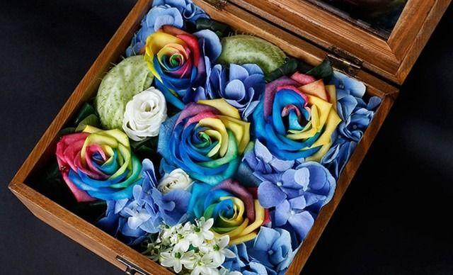 :长沙今日团购:【绿韵花艺鲜花店】永恒之爱1盒,送给最爱的人