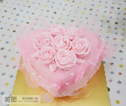 【广州小伊蛋糕团购】小伊蛋糕粉色爱心玫瑰蛋糕团购