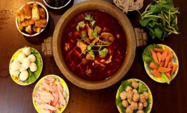 【重庆饭店】重庆饭店6-8人餐,提供免费WiFi