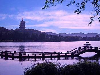 【南通】西湖、乌镇景区、西溪国家湿地公园东区等2日跟团游-美团