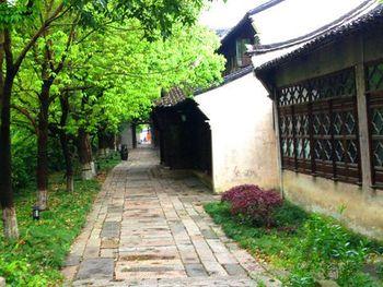 【上海出发】周庄、苏州园林、乌镇东栅3日跟团游*双水乡 宿周庄临水客-美团