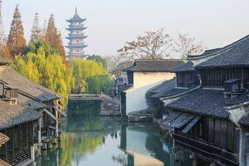 【上海出发】乌镇东栅、西湖、杭州宋城景区等纯玩2日跟团游*宿乌镇林家或两府客栈-美团