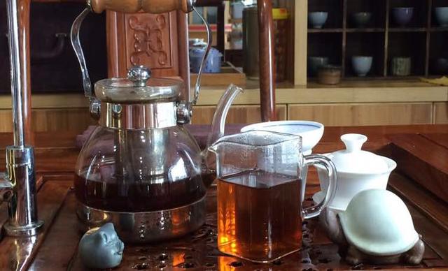 :长沙今日团购:【长颈鹿黑茶茶餐厅】单人下午茶套餐,包间免费,提供免费WiFi