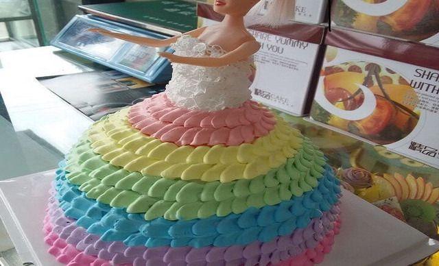 【金岁蛋糕】8寸可爱娃娃蛋糕1个