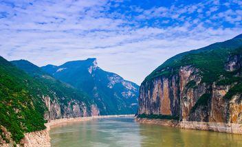 【重庆出发】三峡大坝、屈原故里、张飞庙4日跟团游*朝天门上船游长江三峡-美团