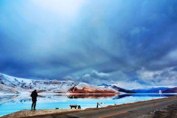 【拉萨出发】羊卓雍湖、羊湖纯玩1日跟团游*醉美羊湖一日游-美团