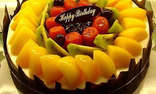 嘉好饼屋水果蛋糕,仅售128元!价值198元的水果蛋糕1个,约12英寸,圆形。