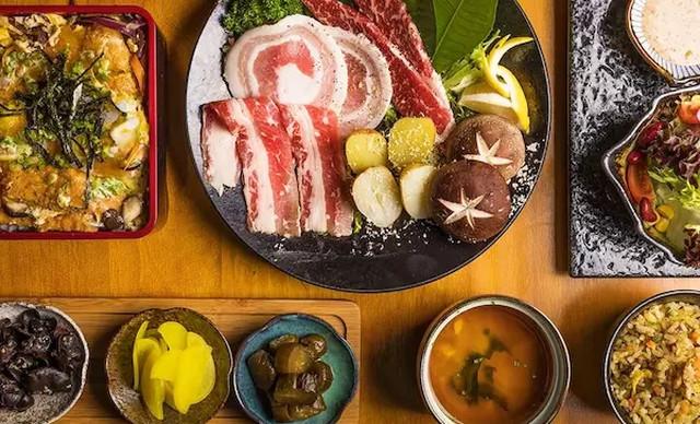 :长沙今日团购:【赤舌炭火烧肉酒场】超值双人A套餐,提供免费WiFi