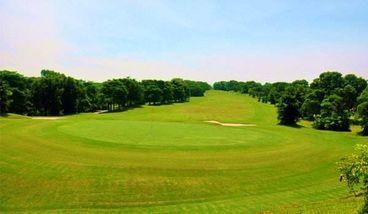 【尖草坪区】辰憬高尔夫俱乐部200颗球票(家庭票2大1小)-美团