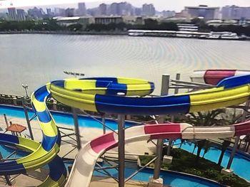【滨江路沿线】黄金海岸水上乐园门票成人票-美团