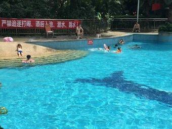 世纪光华游泳池