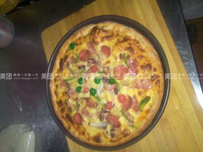 100%纯手工披萨!制作过程开放透明!