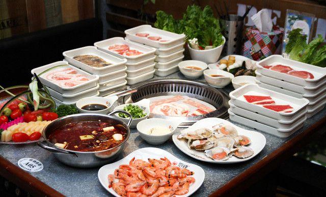 美团网:长沙今日自助餐团购:【佰烧海鲜烤肉自助】4人自助晚餐,提供免费WiFi
