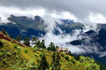 【拉萨出发】布达拉宫、巴松措景区、扎什伦布寺等无自费9日跟团游高星酒店*体验西藏风情-美团