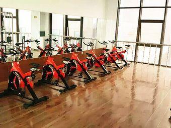 红太阳健身俱乐部