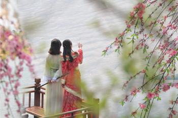 【其它】花源谷风景区门票+船票+庐山西海温泉假日酒店1次温泉门票(成人票)-美团