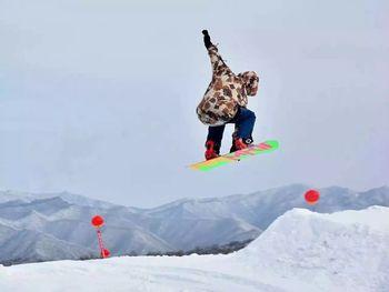 【太白县】鳌山滑雪场-美团