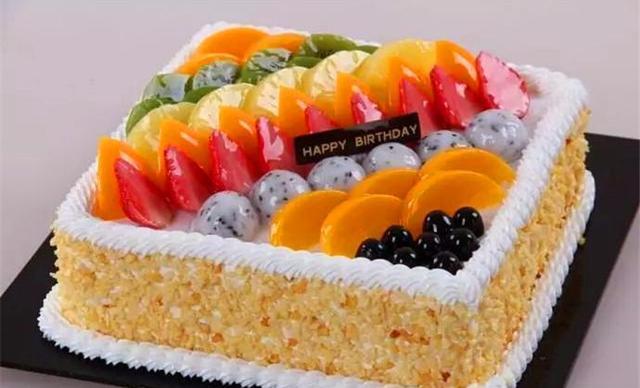 :长沙今日团购:【爱礼蛋糕】12寸水果巧克力蛋糕1个,约12英寸,圆形
