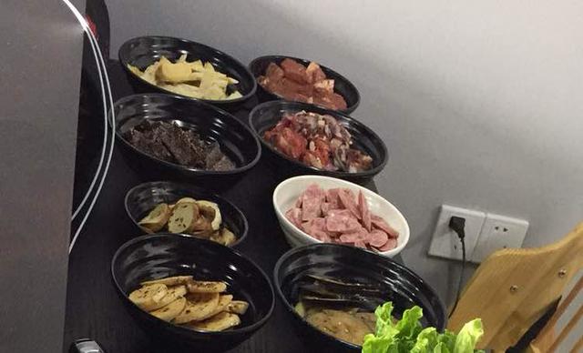 :长沙今日团购:【嘻饭烤肉】2-3人餐,提供免费WiFi