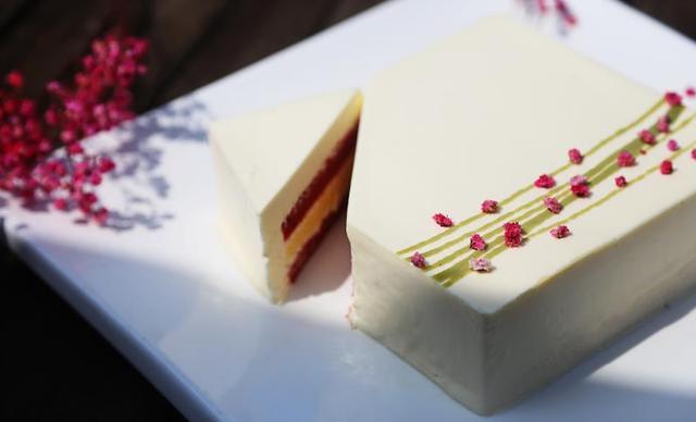 :长沙今日钱柜娱乐官网:【77CAKE】奶酪之吻1个,约2磅,方形