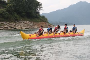 【资兴市】东江湖黄草水上乐园水上香蕉船门票-美团