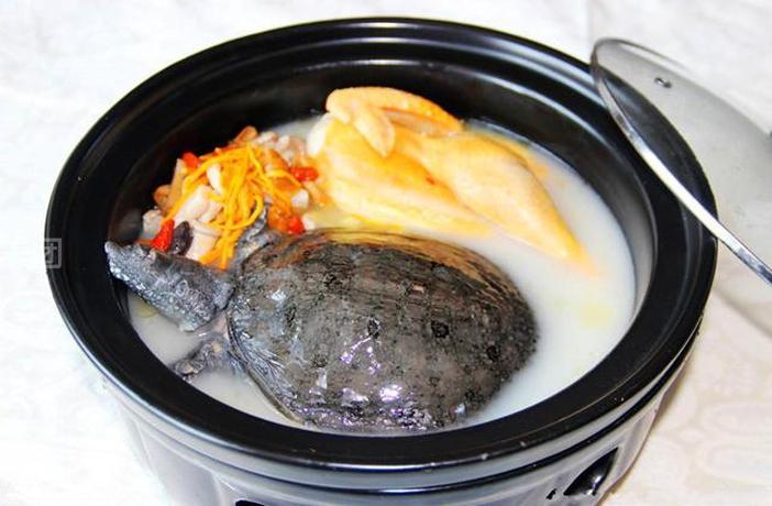 水鱼鸡火锅套餐