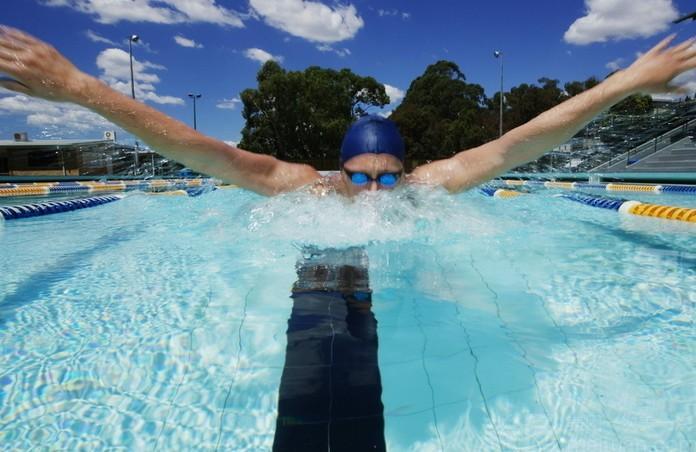 美团网:长沙今日游泳团购:【武广高铁】恒大绿洲游泳池(华驰体育)仅售25.8元,价值40元单人游泳一次!
