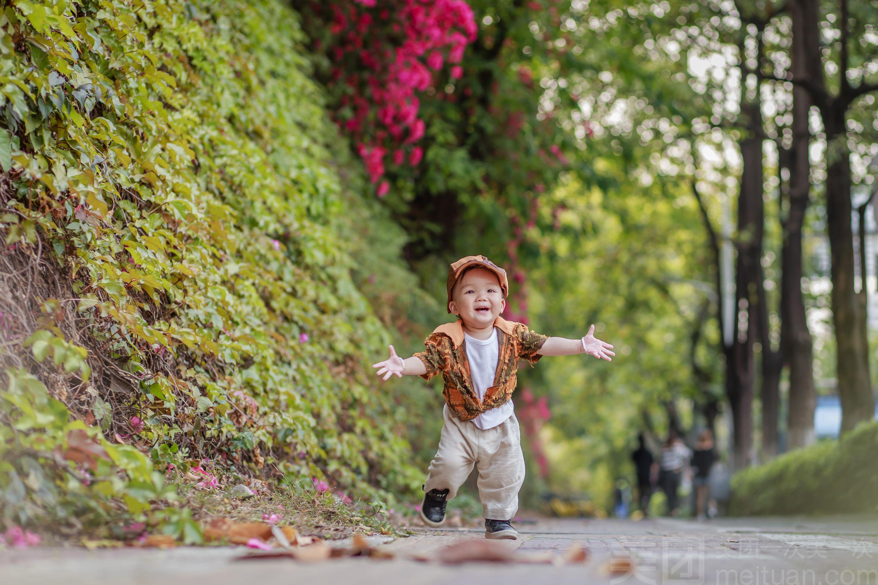 【小皇国创意儿童摄影】儿童写真唯美外景拍摄
