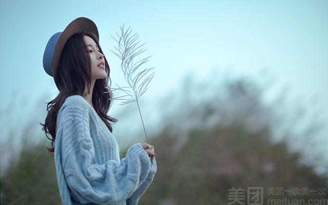 蔚蓝天地婚纱摄影(松江万达店)-美团