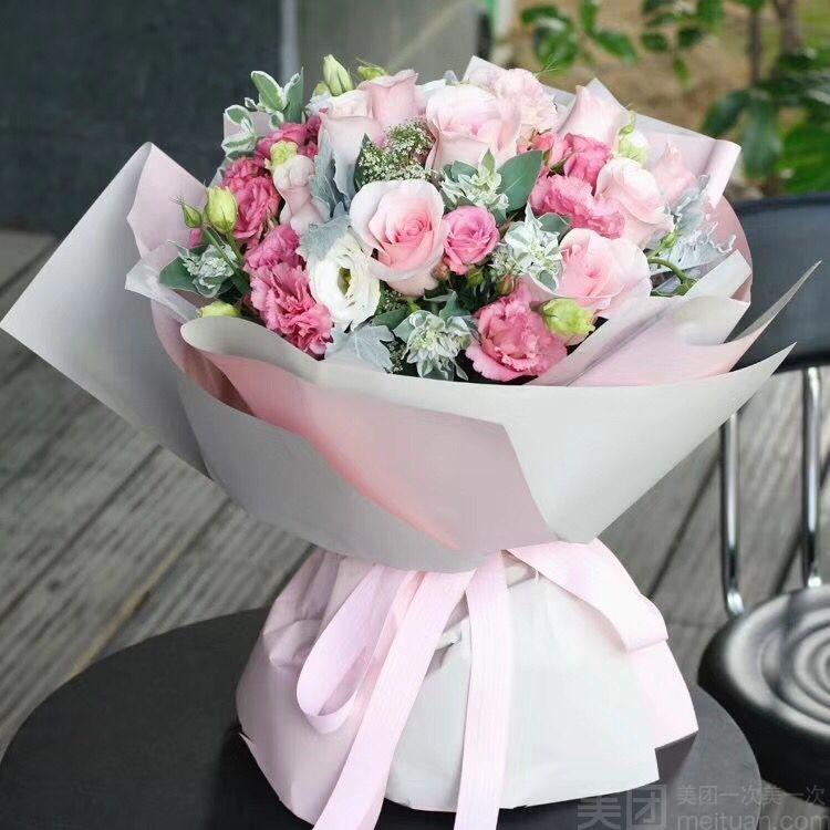 【当家花卉】韩式高档花束图片