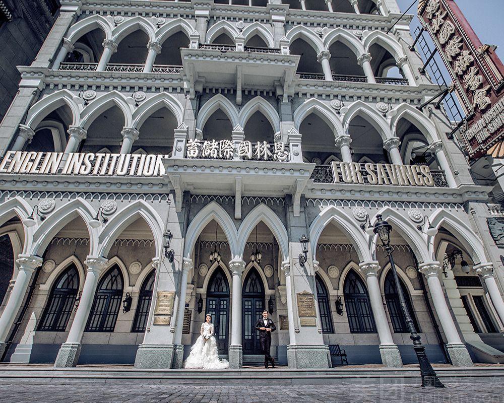 罗马广场及百种欧式建筑群,江流湖景等上百种摄影元素任你选择.