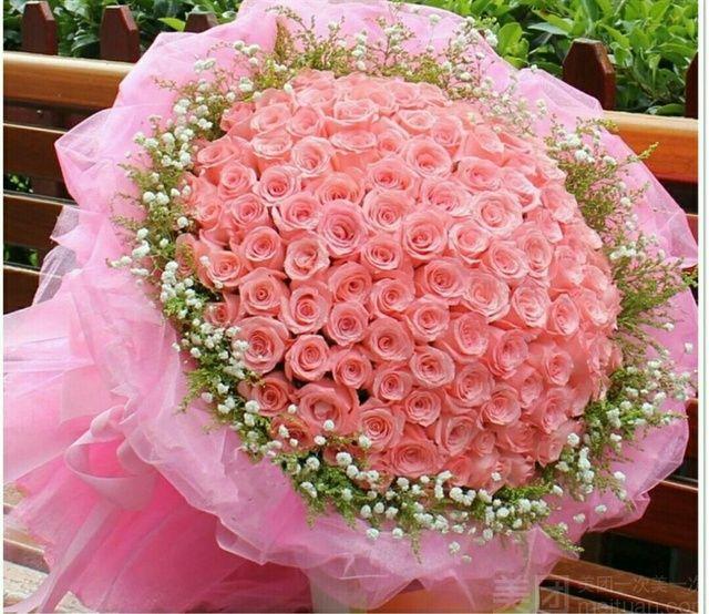 :长沙今日团购:【万佳鲜花】99朵红色玫瑰精美包装鲜花一束(5选1)