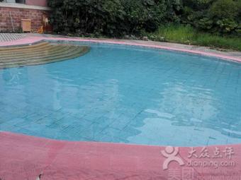 唯动健身游泳馆