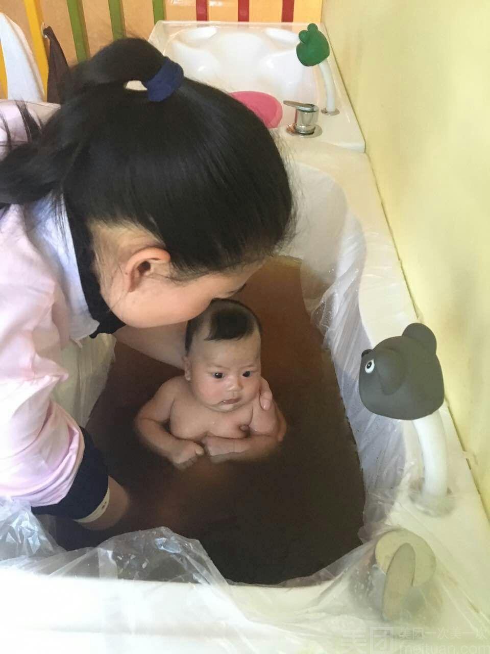 :长沙今日钱柜娱乐官网:【孕育美康母婴护理中心】婴儿草本精华浴