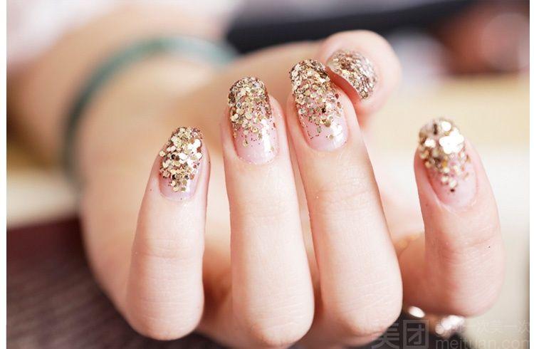 美甲手绘钻石戒指图片