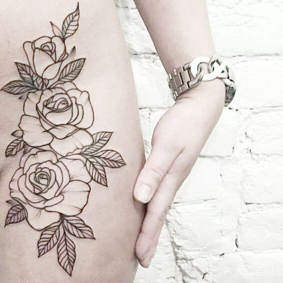 黑白素花纹身素材