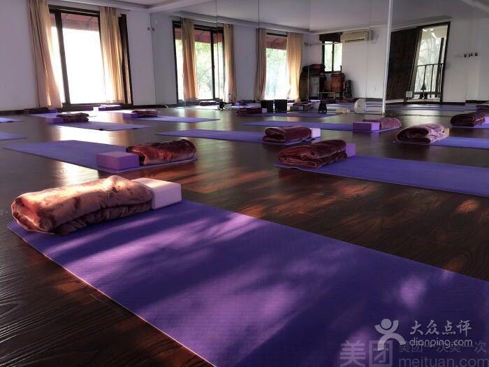 悦莲瑜伽-美团