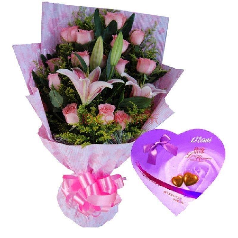 者 雪儿花店 11支玫瑰 百合1束 花束礼盒款式可任选 团购优惠券 图