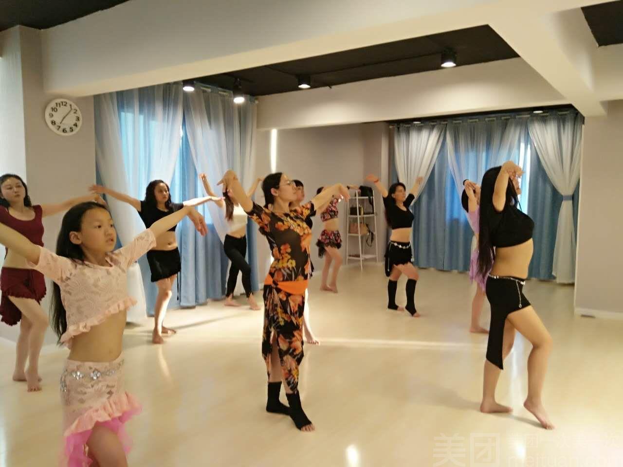 鑫爱·瑜伽肚皮舞生活馆-美团