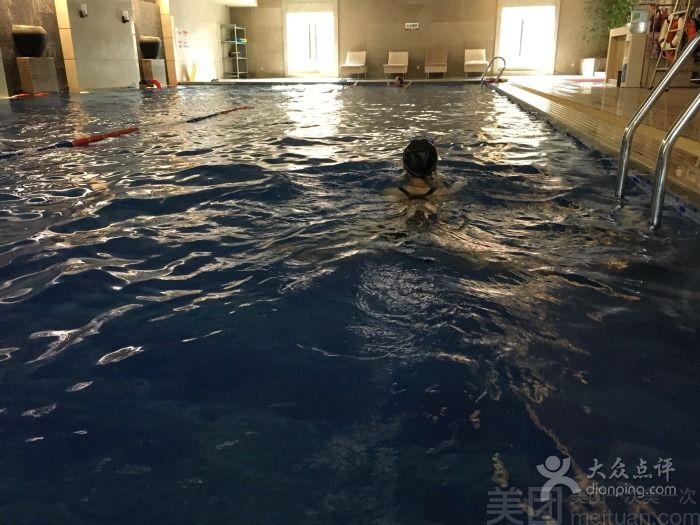 美团网:长沙今日游泳团购:【长沙鑫远白天鹅游泳馆】单人特惠游泳一次