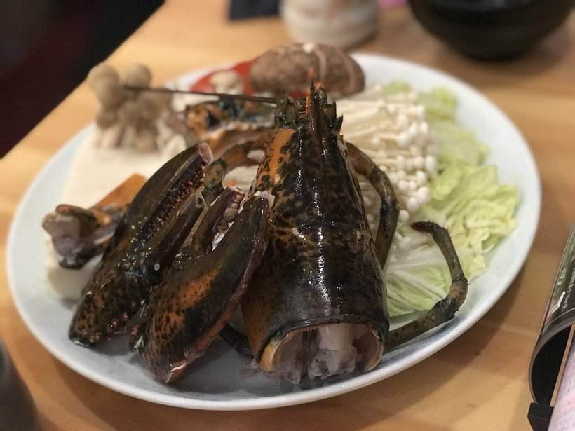 龙虾的虾头和蟹钳是用来煮味增汤的除了鲜还用形容词呢?抚州江西美食图片