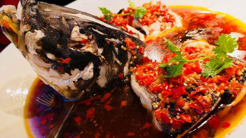 鱼头是选自千岛湖有机花鲢鱼,无污染养殖