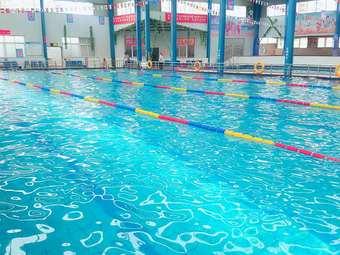 中电室内恒温游泳馆